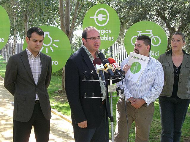 El Alcalde de Puerto Lumbreras y el Director General de Energías Limpias y Cambio Climático presentan 150 medidas que forman el Plan Estratégico contra el cambio climático de Puerto Lumbreras 2008-2012. - 1, Foto 1