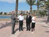 El Consejero de Turismo anuncia la remodelaci�n de los paseos mar�timos del Puerto