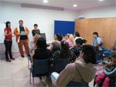 """Bienestar Social y """"El Candil"""" clasuran el taller """"Técnicas de Búsqueda de Empleo"""",  que ha contado con la particpación de 16  personas desempleadas, vecinos de diversos barrios de Totana"""