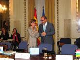 Mercader propone a Espinosa que la reunión del comité que estudia las candidaturas a reservas de la biosfera se celebre en Murcia
