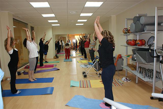 Taller de Yogaterapia para las mujeres lumbrerenses - 1, Foto 1