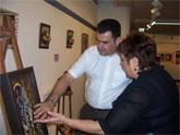 La Asociación Sociocultural de la Mujer Totanera inaugura una muestra de trabajos de pintura, manualiadades y bordado