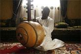 Toumani Diabaté, el gran músico de la kora, sustituye a Héctor Zazou en La Mar de Músicas