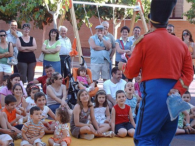 Los niños de Los Martínez del Puerto estrenan juegos infantiles - 2, Foto 2