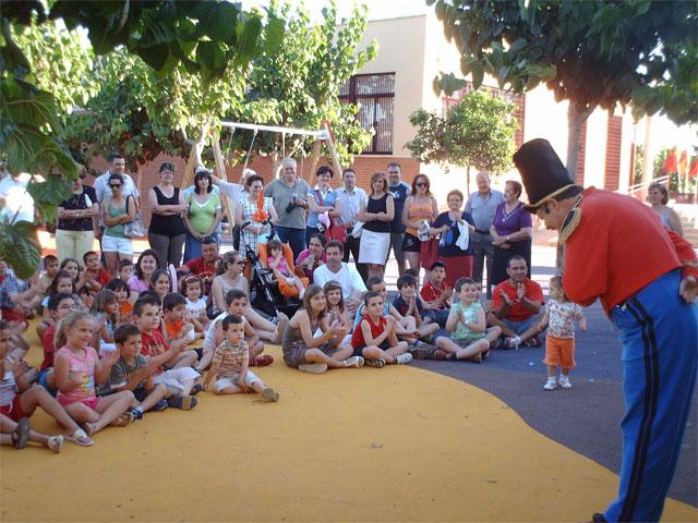 Los niños de Los Martínez del Puerto estrenan juegos infantiles - 3, Foto 3