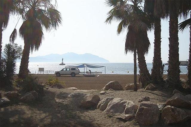 Las playas de Mazarrón, preparadas para la afluencia de turistas - 1, Foto 1