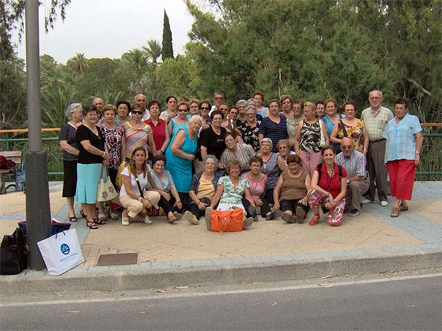 El Programa de Envejecimiento Saludable finaliza con visitas al balneario de Archena - 1, Foto 1