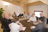 El alcalde se re�ne con miembros de Saint Nicholas Church