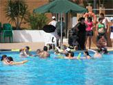 650 alumnos de todas las edades aprenden natación este verano