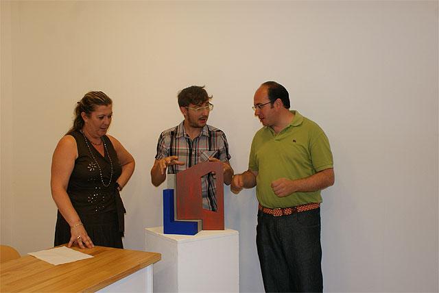 El artista lumbrerense Francisco Olivares Díaz ,FOD, presenta la maqueta de la Escultura del Cincuentenario que se inaugurará el próximo sábado - 1, Foto 1