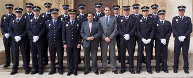 Los polic�as locales en pr�cticas refuerzan la seguridad ciudadana del municipio