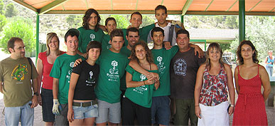 Juventud firma un convenio con el Ayuntamiento de Molina para el desarrollo del carné joven en la localidad