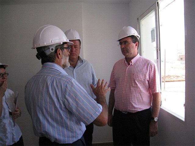 El consejero de Obras Públicas anuncia en La Unión el inicio de las actuaciones de la segunda fase de regeneración del barrio de San Gil - 4, Foto 4
