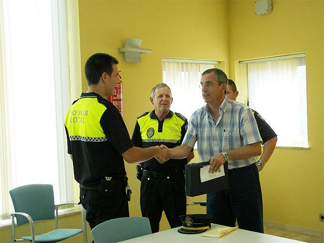 Entregadas las armas reglamentarias a los nuevos agentes de la Policía Local - 2, Foto 2