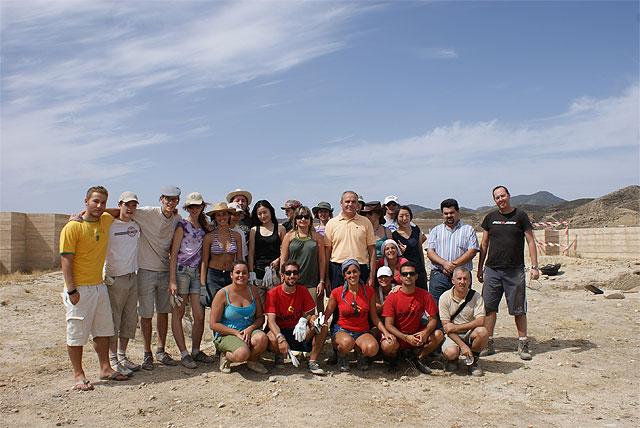 Los integrantes del Campo de Trabajo Internacional realizan labores arqueológicas en el Castillo de Nogalte desde el 4 al 18 de agosto - 1, Foto 1