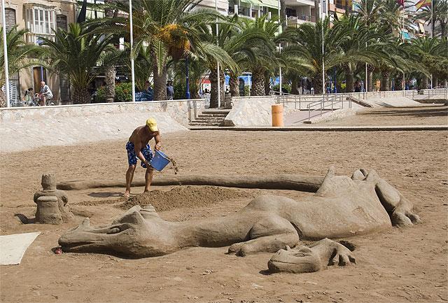'Juegos en la arena', Foto 1