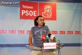 El PP tiene que privatizar la piscina cubierta y la Residencia de ancianos por su mala gestión, aseguran desde el PSOE