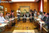 El alcalde de Puerto Lumbreras y el consejero de Turismo y Consumo firman un convenio para la promoción de políticas de defensa del consumidor