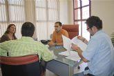El concejal de empleo se re�ne con el presidente de la asociaci�n de comerciantes