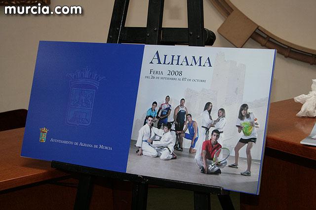 Alhama da inicio a sus fiestas patronales con la presentación del libro de las fiestas patronales, Foto 1