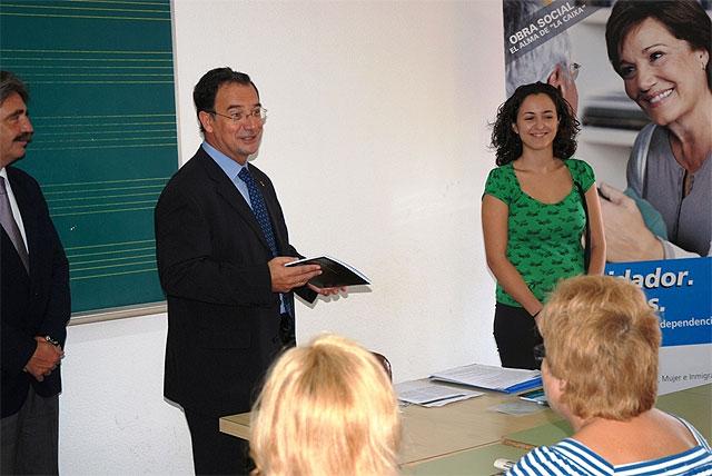 El consejero de Política Social inaugura en Alcantarilla el I Curso para Cuidadores de Personas Dependientes - 1, Foto 1