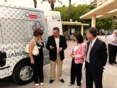 El Ayuntamiento de Molina de Segura presenta el nuevo vehículo adaptado al transporte de personas discapacitadas del municipio