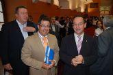 El alcalde y el consejero de pol�tica social firman un convenio de igualdad