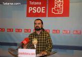 Según el PSOE de Totana, la nefasta gestión económica y el despilfarro del gobierno del PP están dejando al Ayuntamiento de Totana en una situación desastrosa