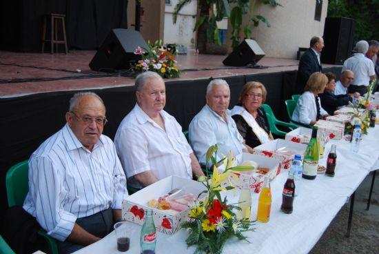 Más de novecientos mayores se reunieron en el Auditorio Municipal, Foto 4