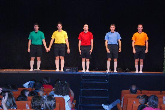 El programa de teatro infantil y familia 2008 finaliza con la obra de teatro Auuu!! con gran afluencia de público, Foto 3