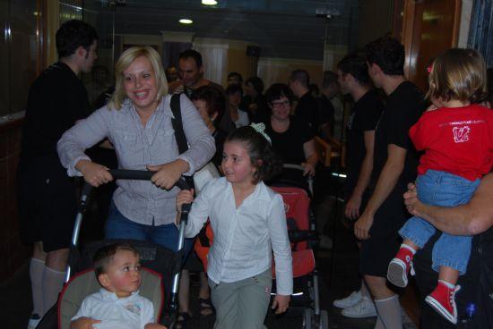El programa de teatro infantil y familia 2008 finaliza con la obra de teatro Auuu!! con gran afluencia de público, Foto 4