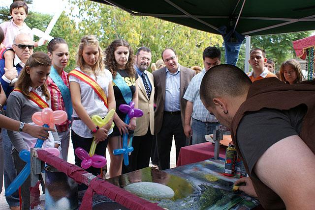 El Director General de Artesanía y el alcalde inauguran el Mercado Medieval de la Feria y Fiestas de Puerto Lumbreras 2008 - 2, Foto 2