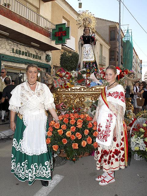 Ofrenda Floral, Misa Solemne y Procesión en Honor a Ntra. Sra. Virgen del Rosario - 5, Foto 5