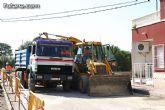 Autoridades locales visitan las obras para la construcci�n de colectores pluviales y saneamiento en el barrio Tirol-Camilleri