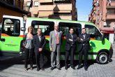 """Presentación de una ambulancia para los usuarios del nuevo Centro de Estancias Diurnas """"Pedro Hernández Caballero"""""""