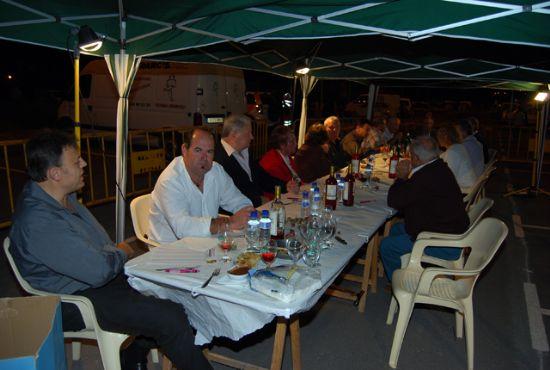 Miles de vecinos se dieron cita en el concurso de migas de la Feria 2008, Foto 3