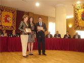 La alcaldesa de San Javier y el alcalde de Torre Pacheco recogen el premio Al-Kazar que Los Alcázares ha entregado a sus municipios matrices para celebrar el 25 aniversario de su independencia