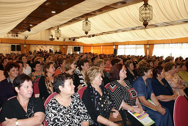 El presidente de la Comunidad inaugura las jornadas Regionales con motivo del Día de la Mujer Rural - 1, Foto 1