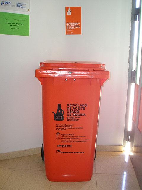Puerto Lumbreras recicla 200 litros de aceite de cocina usado durante los últimos 6 meses - 1, Foto 1