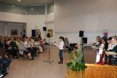Escolares y mayores lumbrerenses participan en el programa de radio 'La Edad de Oro'