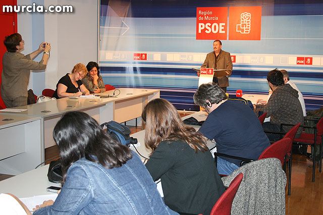 The PSOE de Totana requires Valcárcel to apologize to the council members accused of favoring Juan Morales militants PP