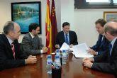 El Gobierno regional ha asegurado las exportaciones de 50 empresas murcianas con una póliza por valor de 3,4 millones de euros