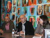 El Espacio AV acoge una muestra en la que el artista Pérez Salguero emplea la iconografía popular para reflexionar sobre la violencia