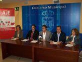 El Ayuntamiento de Águilas y la Asociación de Jóvenes Empresarios del Guadalentín (AJE) acuerdan poner en marcha diversas actividades para asesorar, motivar y formar a los emprendedores