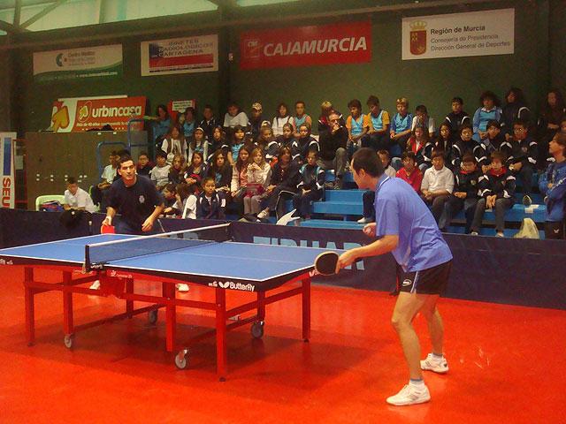 El Floymape acerca el tenis de mesa a los estudiantes - 1, Foto 1