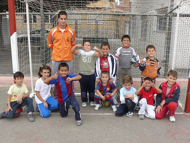 Se pone en marcha la Escuela Polideportiva de Deporte Escolar en los nueve centros de enseñanza primaria, Foto 3