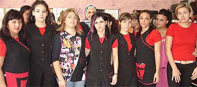13 mujeres en Alcantarilla adquieren una formación para ser futuras peluqueras
