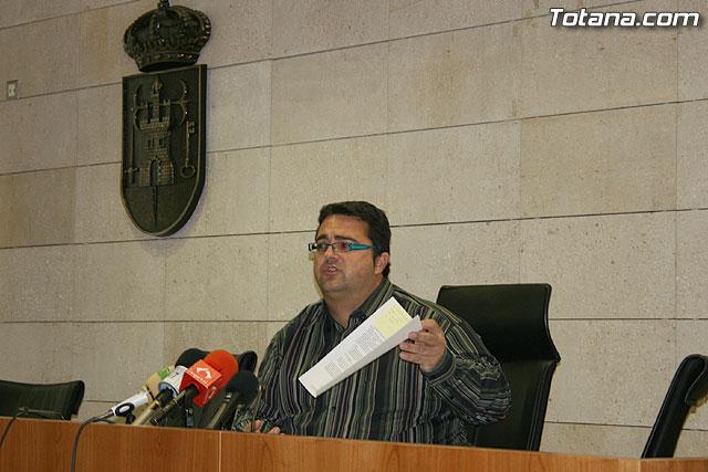 El concejal de urbanismo recuerda que la aprobación del PGMOU posibilitará el desarrollo económico del municipio, Foto 1
