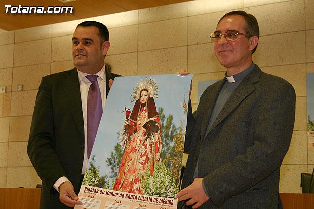 La Fundación La Santa pretende implicar a las asociaciones del municipio en el Novenario en honor a Santa Eulalia con motivo de sus fiestas patronales, Foto 1