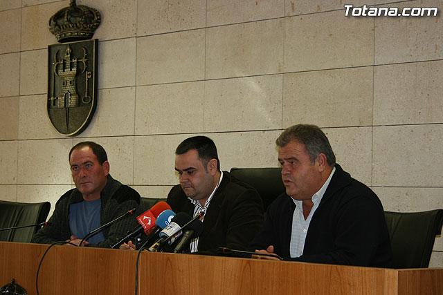 El ayuntamiento y la ASAJA firman un convenio de colaboración, Foto 2